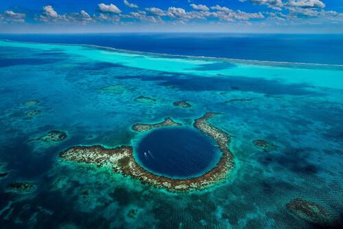 11. Great Blue Hole GÇô Belize City, Belize