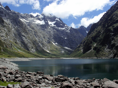 40. Fiordland National Park GÇô South Island, New Zealand