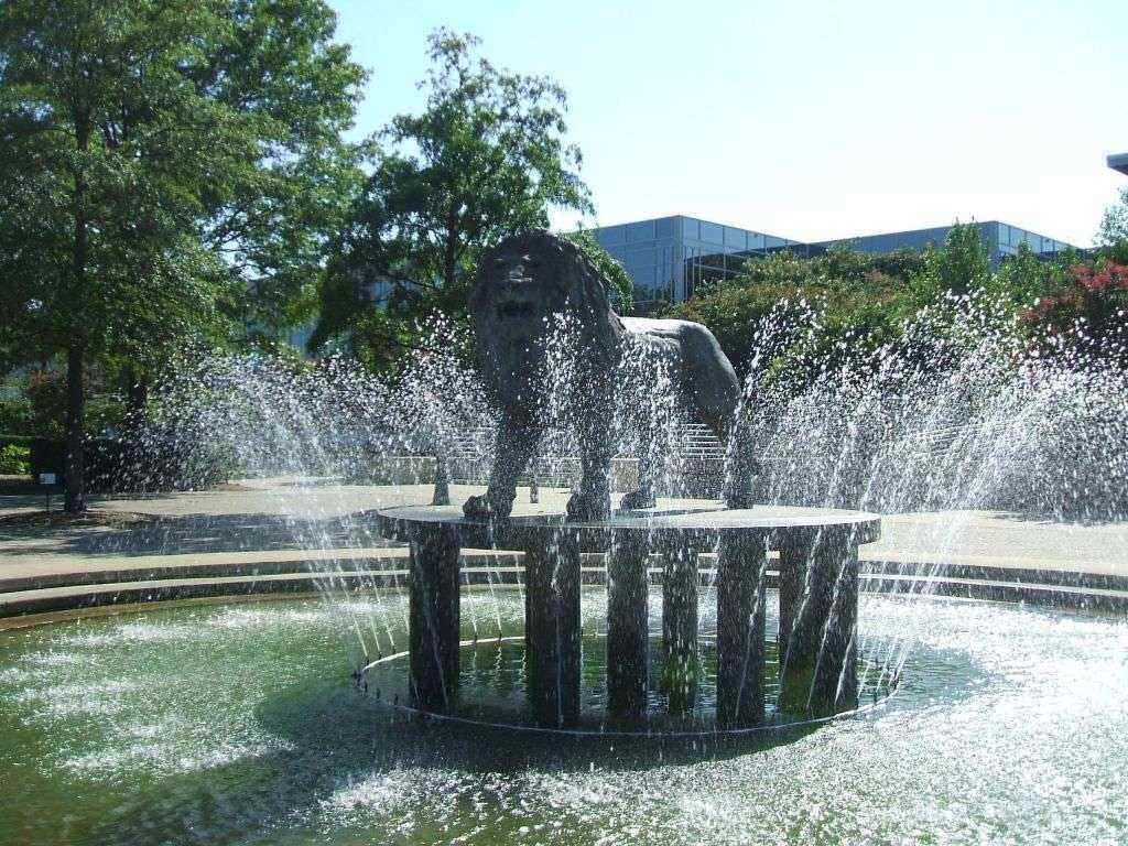 Water fountains masters - Old Dominion University Best Counseling Master S Degrees
